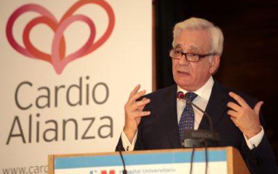 El Consejero de Madrid con los pacientes cardiovasculares
