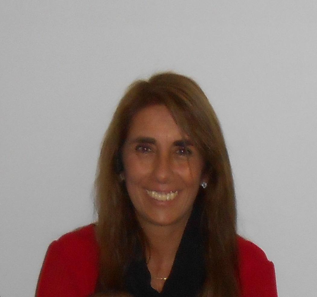 Mª Cecília Salvador