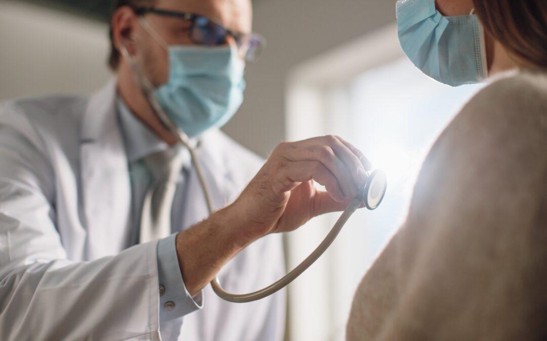 Más de la mitad de las personas con COVID-19 presentan daño en el corazón